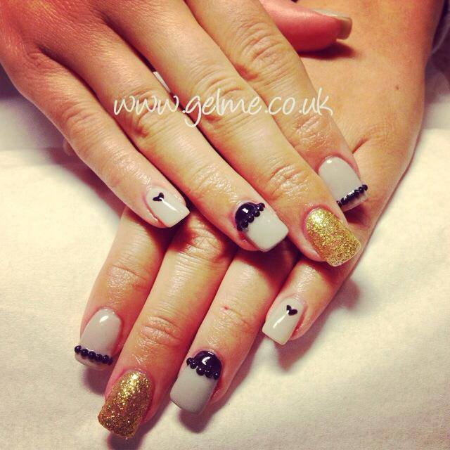 Why use a professional and qualified nail technician